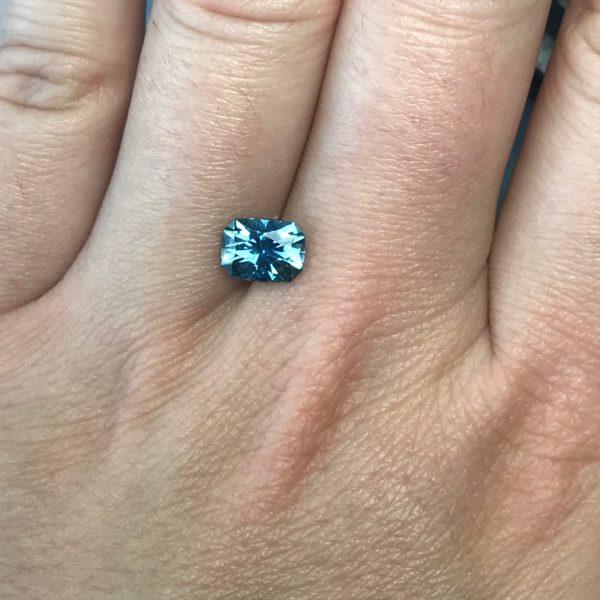 bluegreen sapphire cushion 1.65ct 98021
