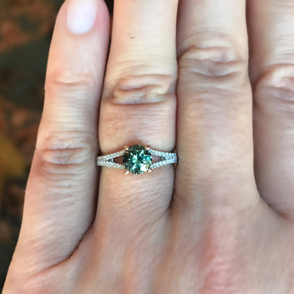 Green/ Teal Sapphire-Round 1.20 carats