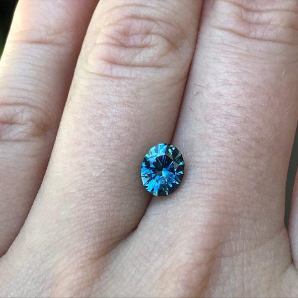 Blue green Montana Sapphire-Oval 1.63 carats 128147