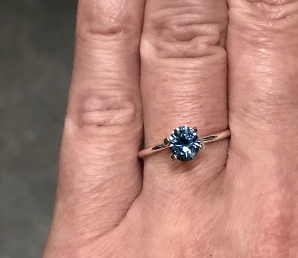 Montana Sapphire Blue - Oval 1.39 carats